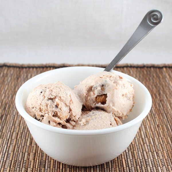 Moose Tracks Ice Cream (Low Carb, Gluten Free, and Dairy Free ...