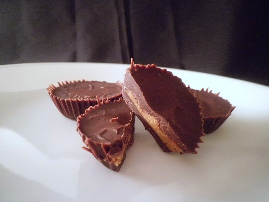 Almond Butter Cups (Low Carb and Gluten Free) - Holistically ...