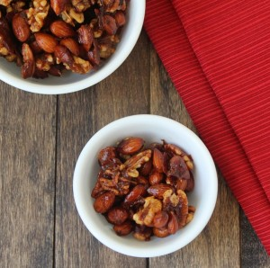 Sweet and Spicy Mixed Nuts (Low Carb and Gluten Free)