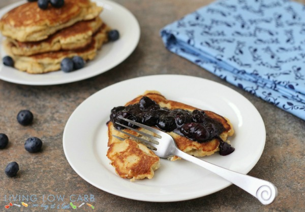 toasted coconut pancakes_2
