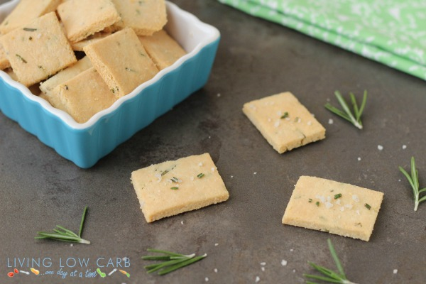 Rosemary and sea salt crackers_600f